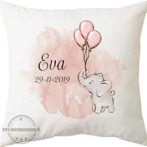 Geboortekussen met naam olifant met ballonnen
