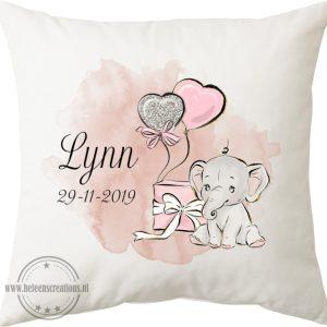 Geboortekussen met naam olifant cadeau